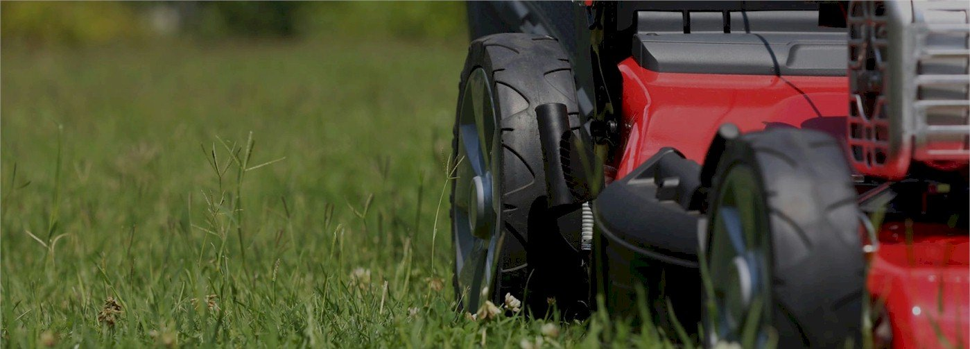 Our Lawn services schedule is in full swing! Call Now for pricing!